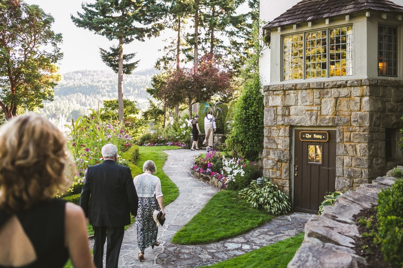 gulf islands wedding at hastings house