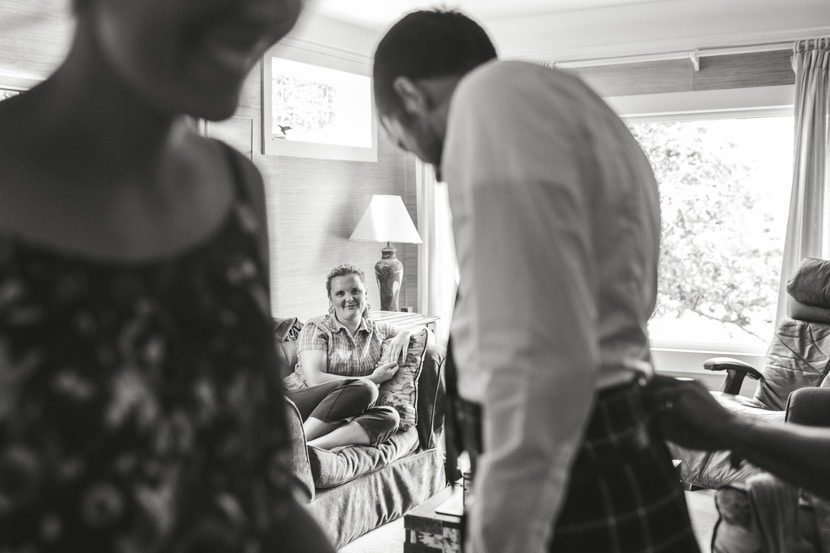 bridal party prep before mount tolmie wedding