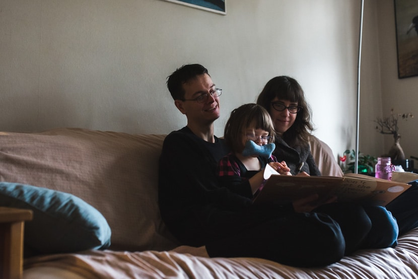documentary family photography in Victoria, BC by Lara Eichhorn