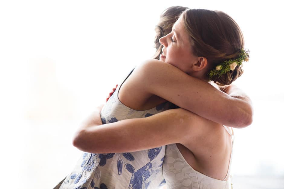 bride hugs mother